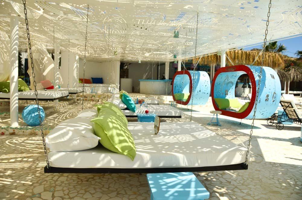 greece_ios_mylopotas-free-beach-club-bed-swing