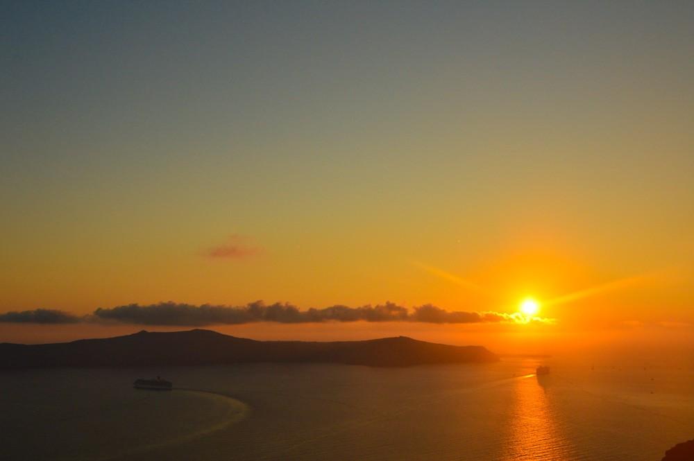 greece_santorini_sunset-2