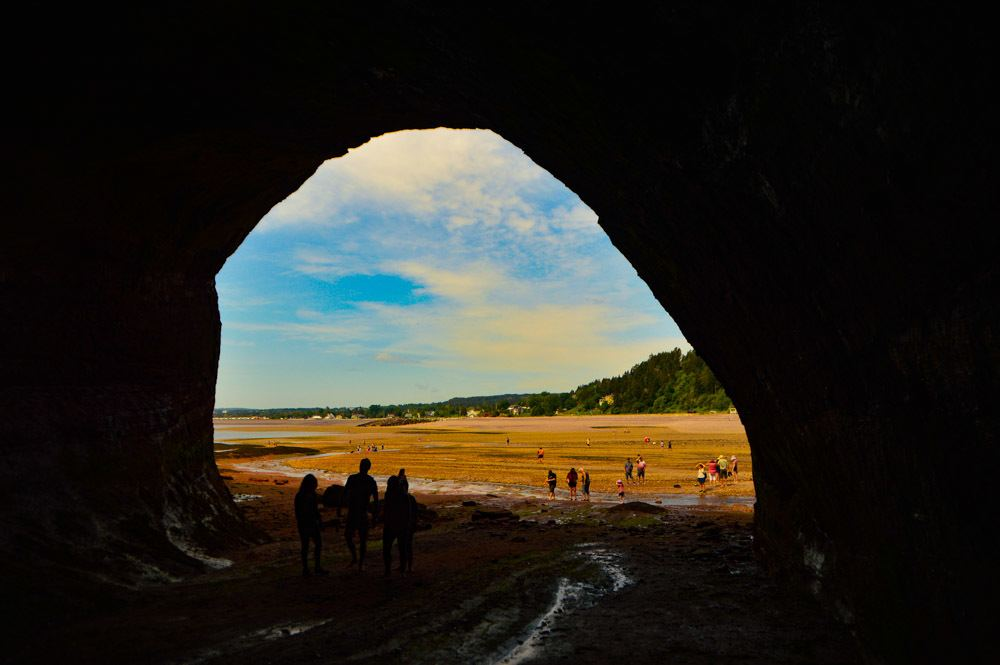 canada_new-brunswick_st-martins-sea-cave-view-from