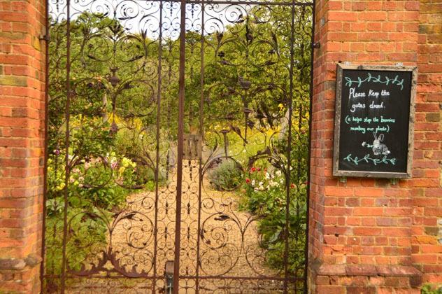 england_winchester_chawton-house-walled-garden