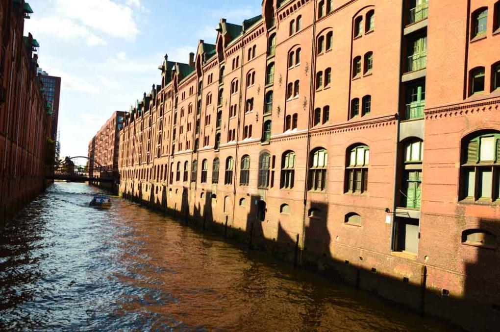 germany_hamburg_harbour-warehouse-area-canal