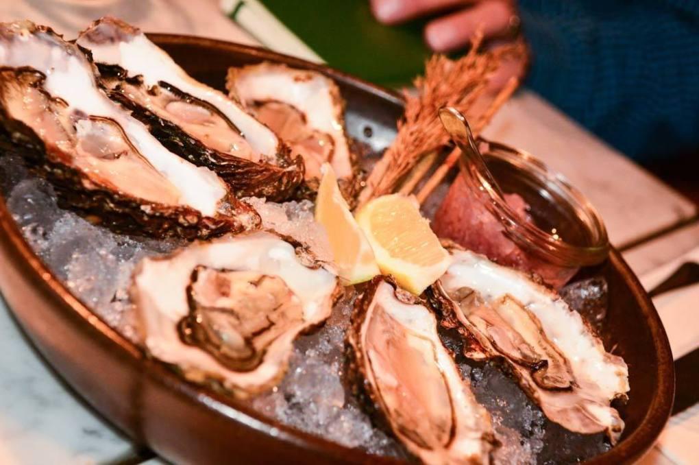 germany_hamburg_mutterland-colln-oysters