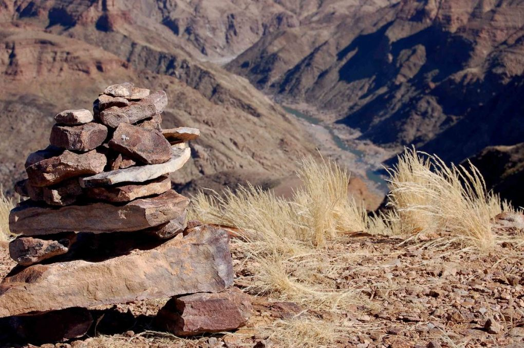 Namibia_fish-river-canyon-rocks
