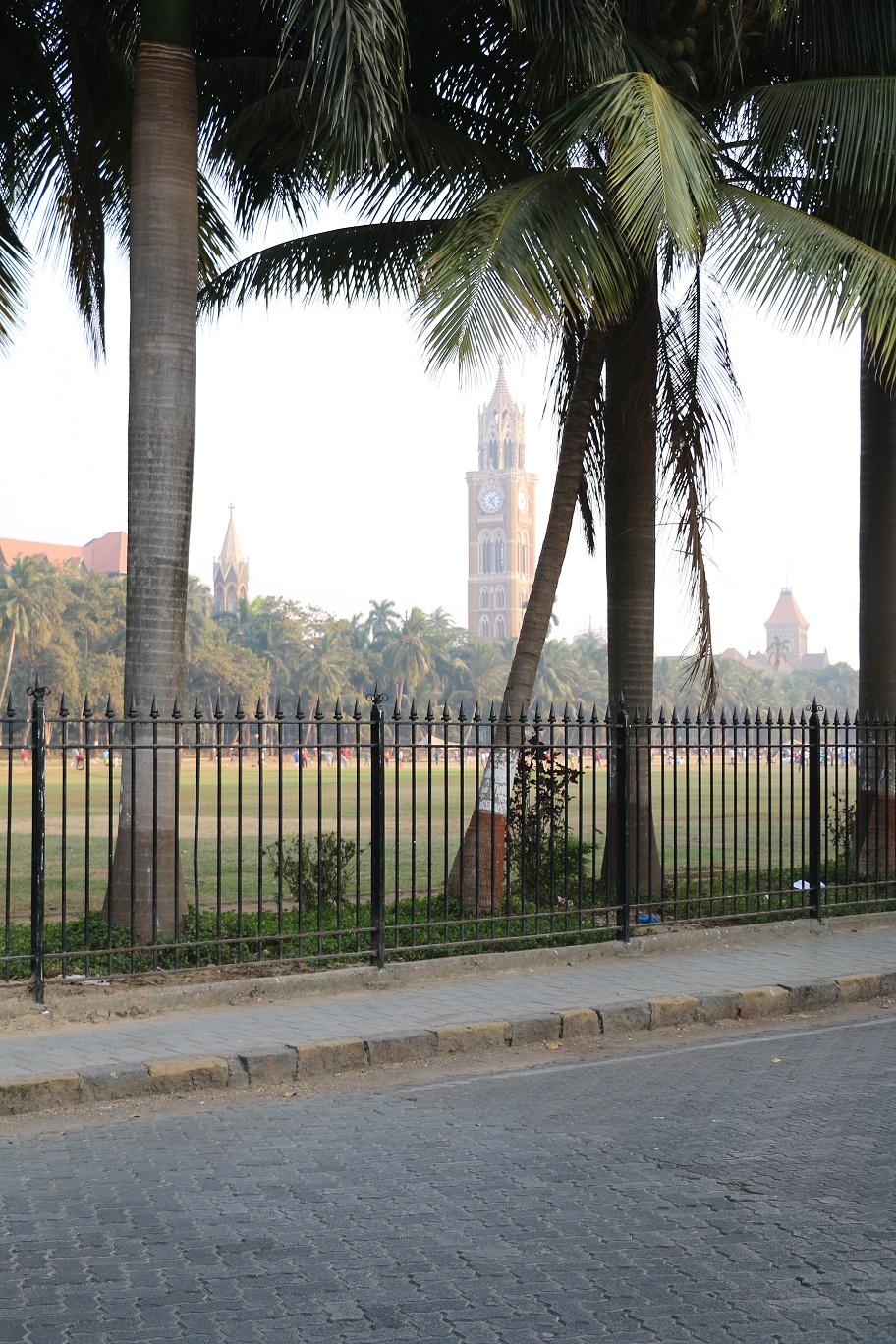 Mumbai_Churchgate_2