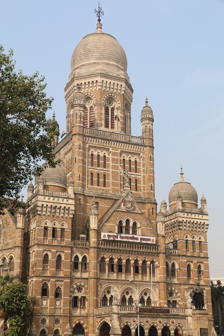 Mumbai_VictoriaStation_1