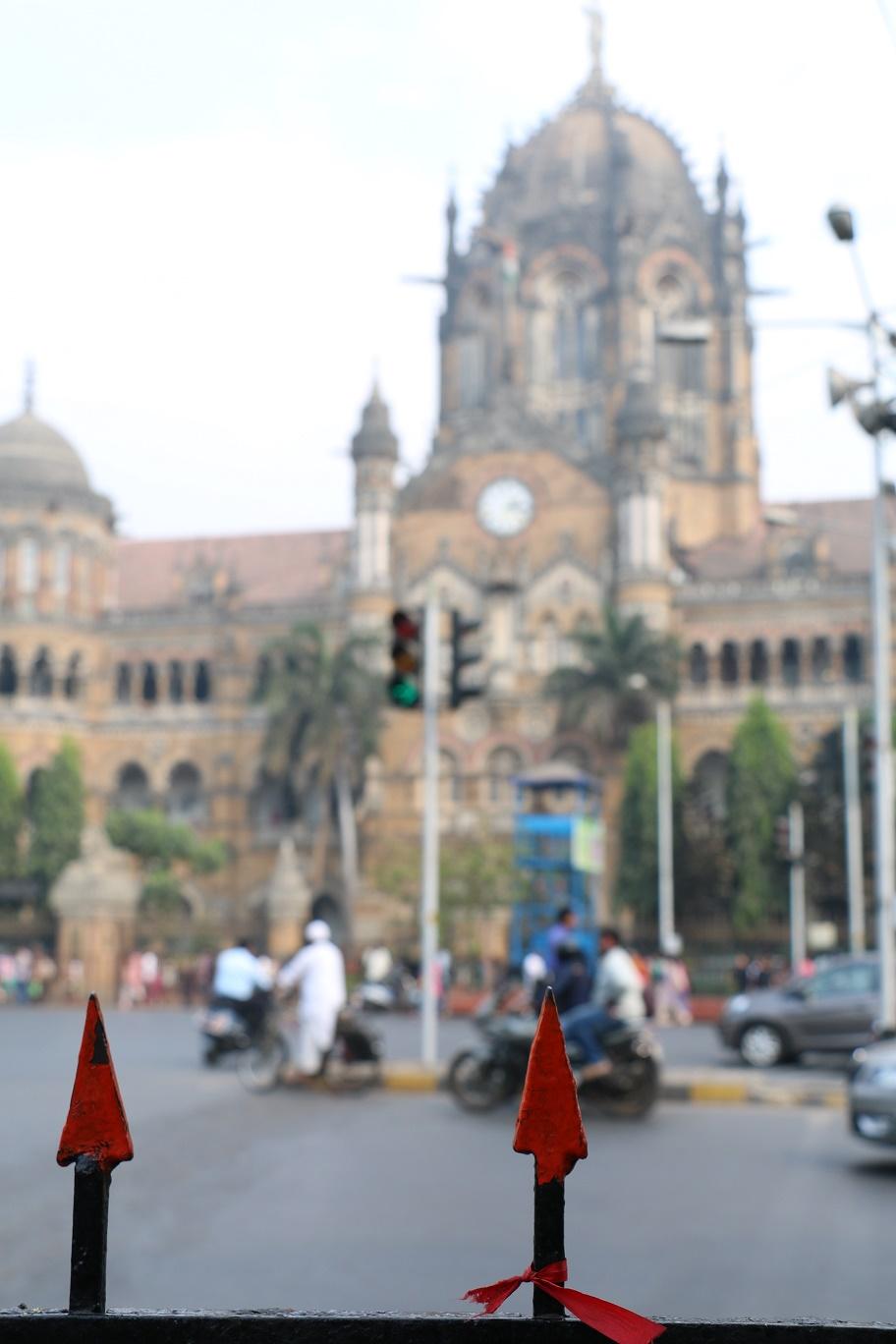 Mumbai_VictoriaStation_3