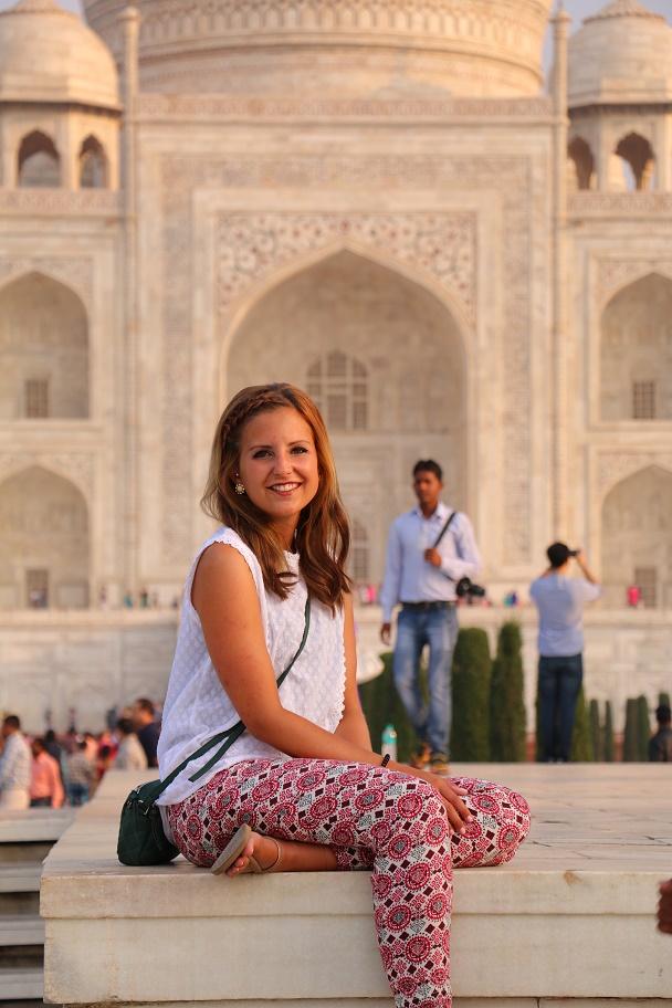 Agra_Taj_Mahal_21_thebraidedgirl