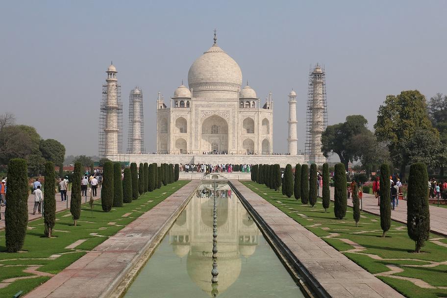 Agra_Taj_Mahal_7_thebraidedgirl