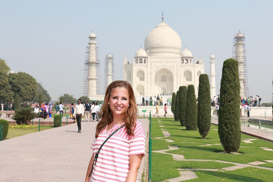 Agra_Taj_Mahal_8_thebraidedgirl