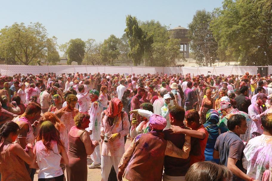 Holi_Festival_Jaipur_4_thebraidedgirl