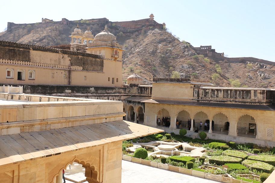 Jaipur_Amber_Fort_14_thebraidedgirl