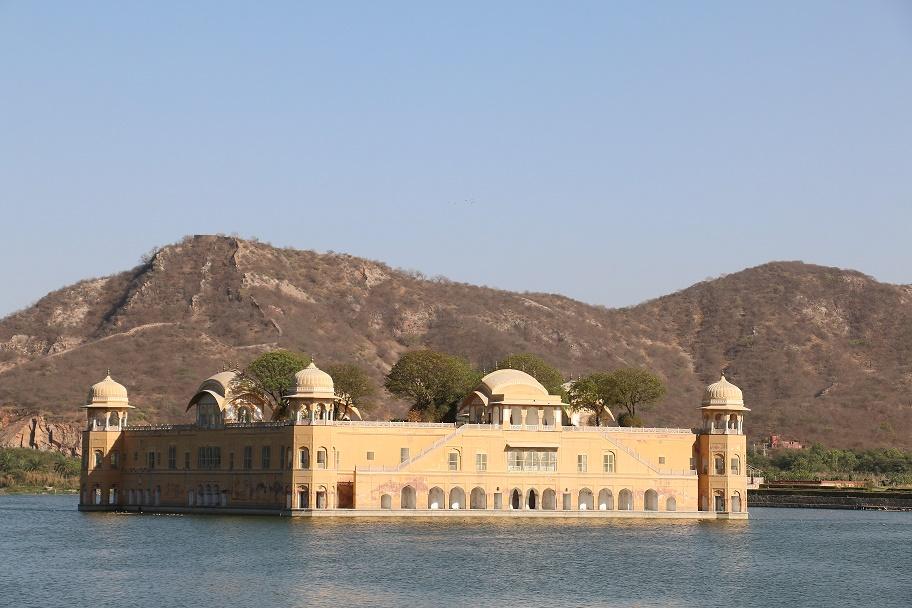 Jaipur_Jal_Mahal_2_thebraidedgirl