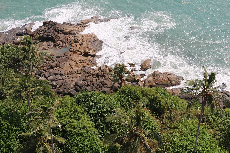 Wie_hat_uns_Indien_gefallen_Kovalam_Lighthouse_Beach_thebraidedgirl