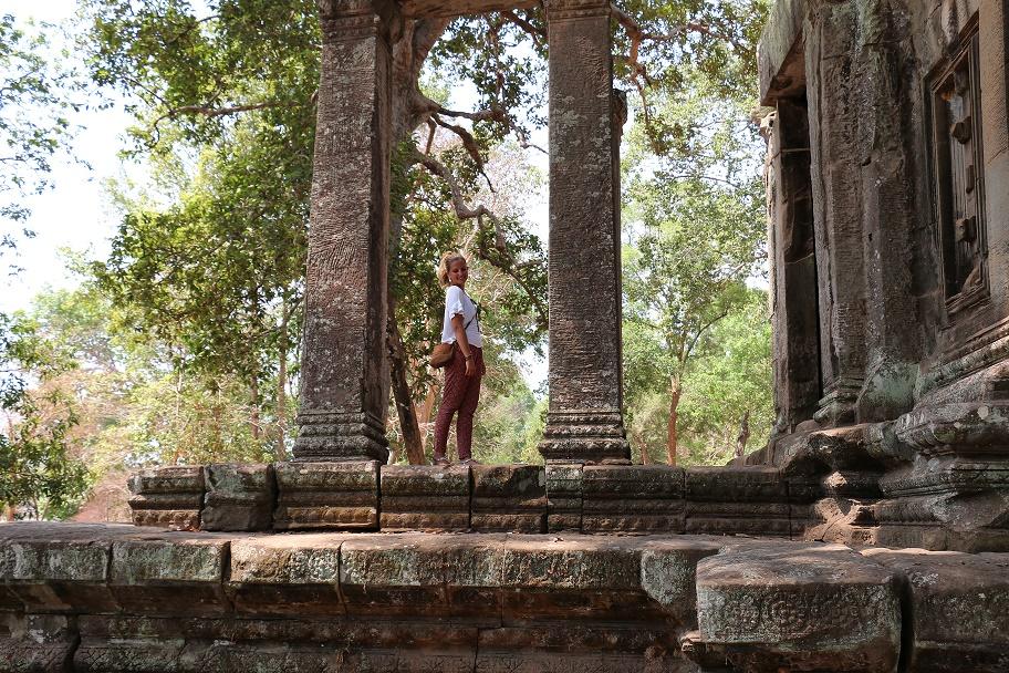 Angkor_Wat_15_thebraidedgirl