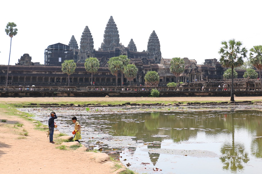 Angkor_Wat_8_thebraidedgirl