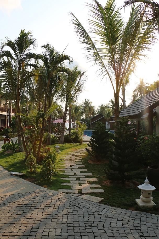 Phu_Quoc_Tropicana_Resort_thebraidedgirl