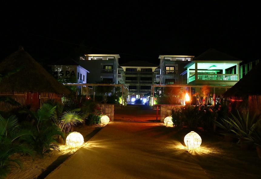 Sihanoukville_Otres_Beach_Two_Mary_Beach_Hotel_11_thebraidedgirl