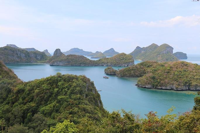 Koh_Mae_Koh_Ang_Thong_National_Marine_Park_3_thebraidedgirl