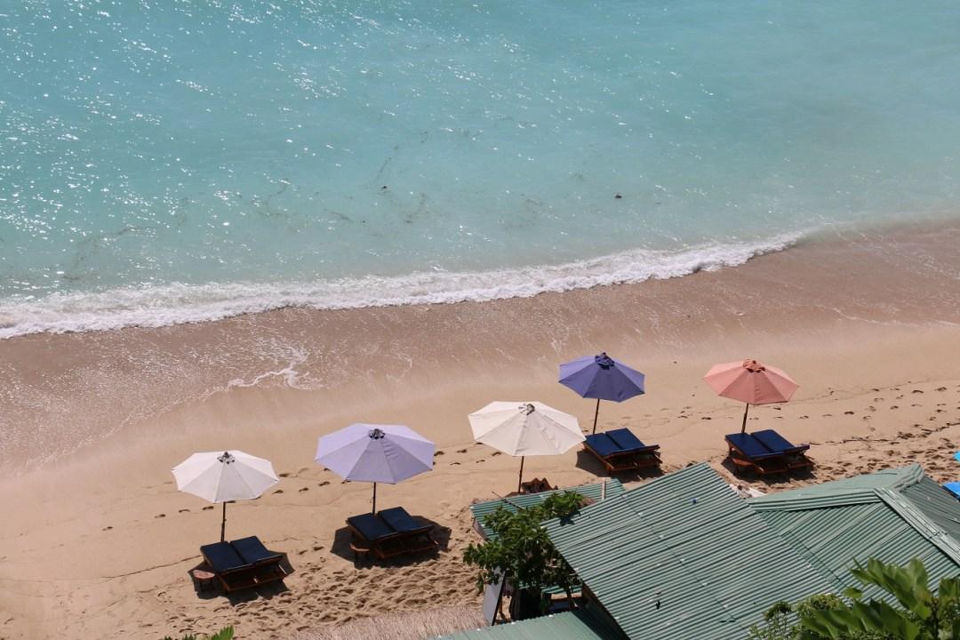 Padang_Padang_Beach_5_thebraidedgirl