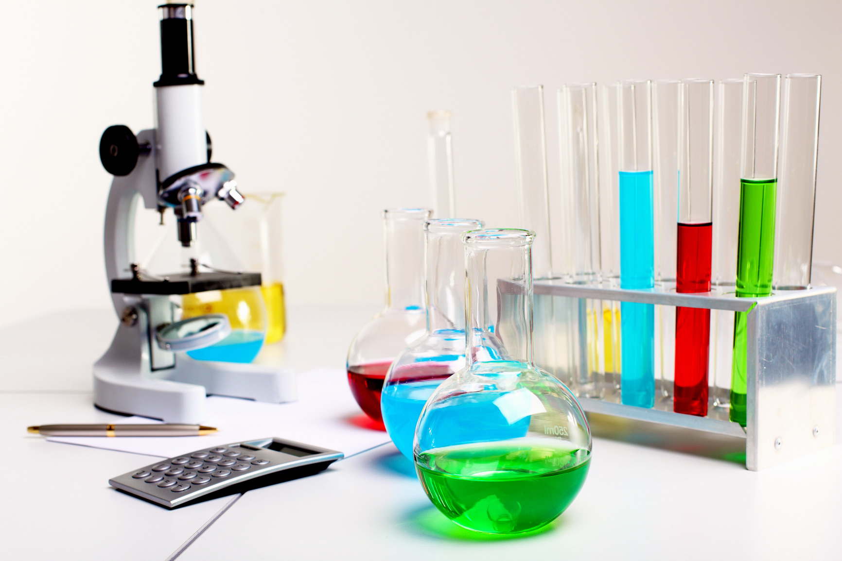 Chemistry Lab Equipments For Research Laboratories By