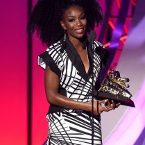 LAS VEGAS, NV - NOVEMBER 06: Honoree Brandy accepts the Lady of Soul Award onstage during the 2016 Soul Train Music Awards at the Orleans Arena on November 6, 2016 in Las Vegas, Nevada. (Photo by Kevin Winter/BET/Getty Images for BET)