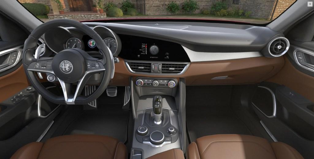 2018 Alfa Romeo Giulia Interior
