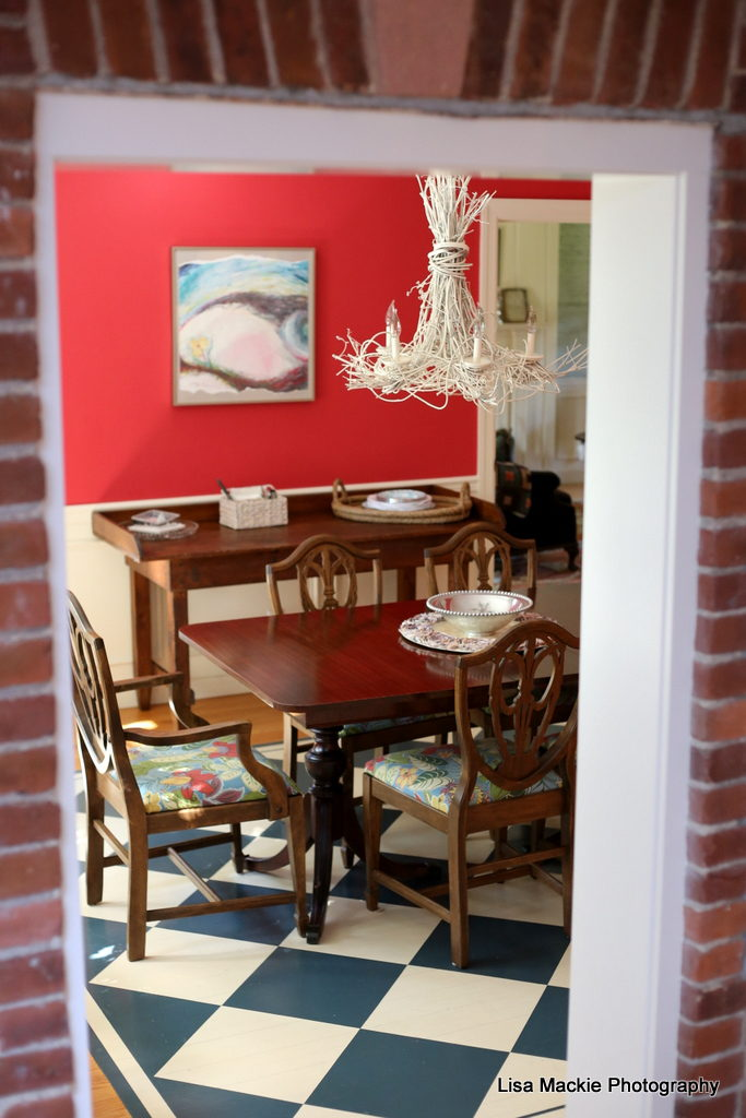 ... A New Buffet For This Room, So I Will Share With You Some Of My Top  Choices For That Search As Well. Here Is A Look At The Red Dining Room  Before.