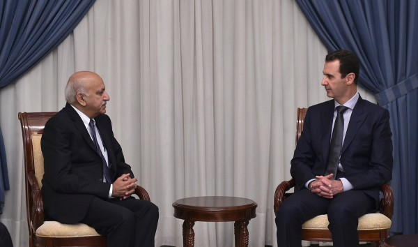 India's junior Foreign Minister Mubashir Javed Akbar met Assad in Damascus on 20 August 2016 [Image: Ministry of External Affairs, India]