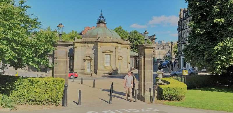 Harrogate gateway from harrogate bridal shop