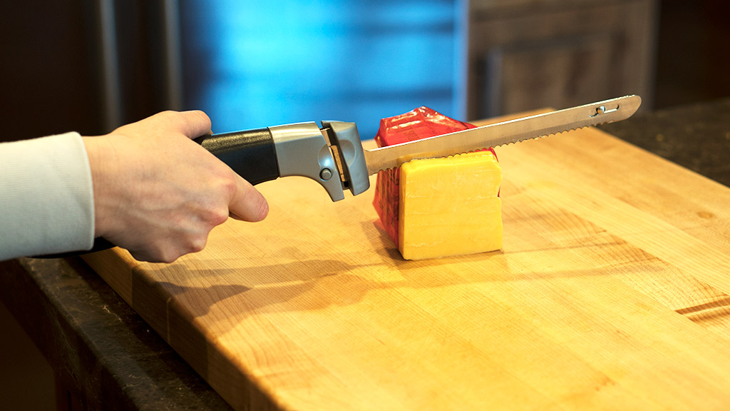 Cutting Cheese with an electric carving knife
