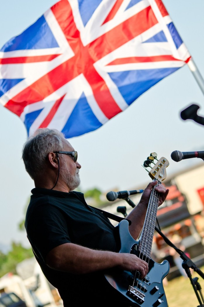 Waving the flag of Britishness!