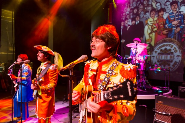 Sgt. Pepper's Lonely Hearts Club Band - Let It Be. Photo@ Brinkhoff Moegenburg.