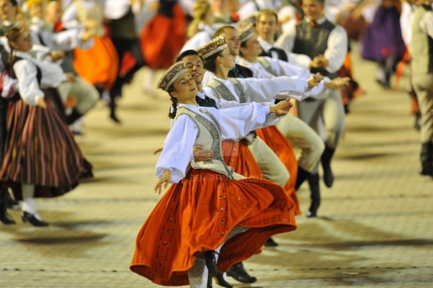 lncc15_song_and_dance_festival2013_latvian_national_centre_for_culturex