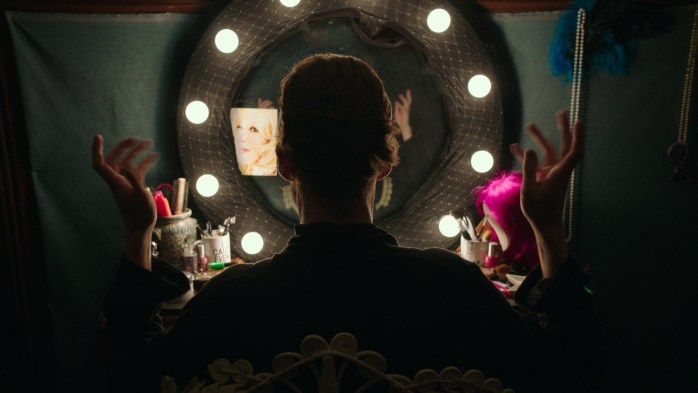 Freak Show by Trudie Styler ©Maven Pictures