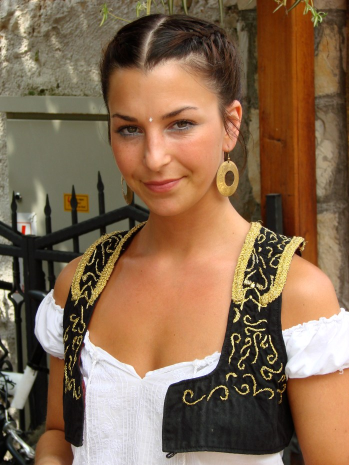 A Bosnian waitress - Don't forget if you're travelling to Dubrovnik, you'll have to go through Bosnia!<br /> ©Photo Adam Jones - adamjones.freeservers
