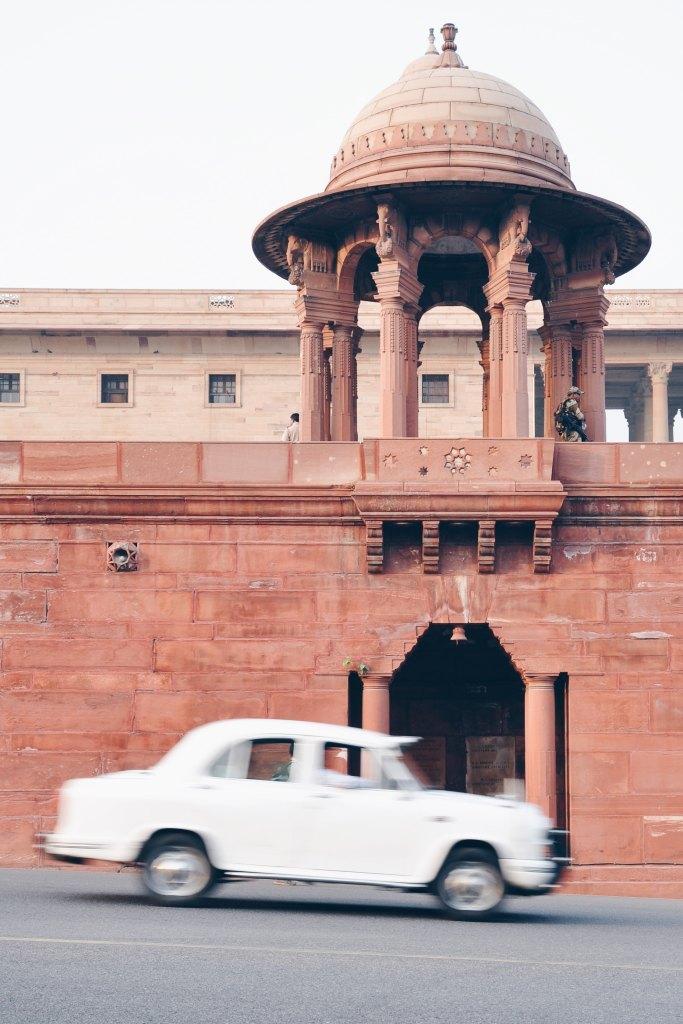 transport; car; taxi; transport in India; drivers, transport scams; Indian scams; Indian cars; Indian taxi drivers; Indian taxis; hotel cars; airport cars; Agra; Delhi; India