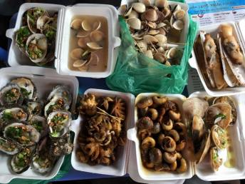 cangio-clams-seafood-cooked-thebroadlife