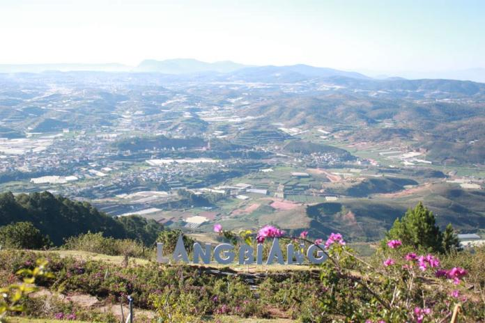 The breathtaking view of Dalat from the top of Langbiang mountain