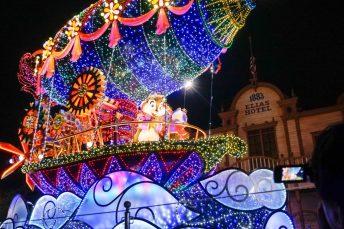 float-parade-chipndale-light-disneyland-tokyo-japan-thebroadlife-travel-wander-asia