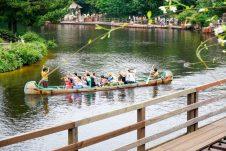outdoor-activity-row-disneyland-thebroadlife-travel-wander-tokyo-japan-asia