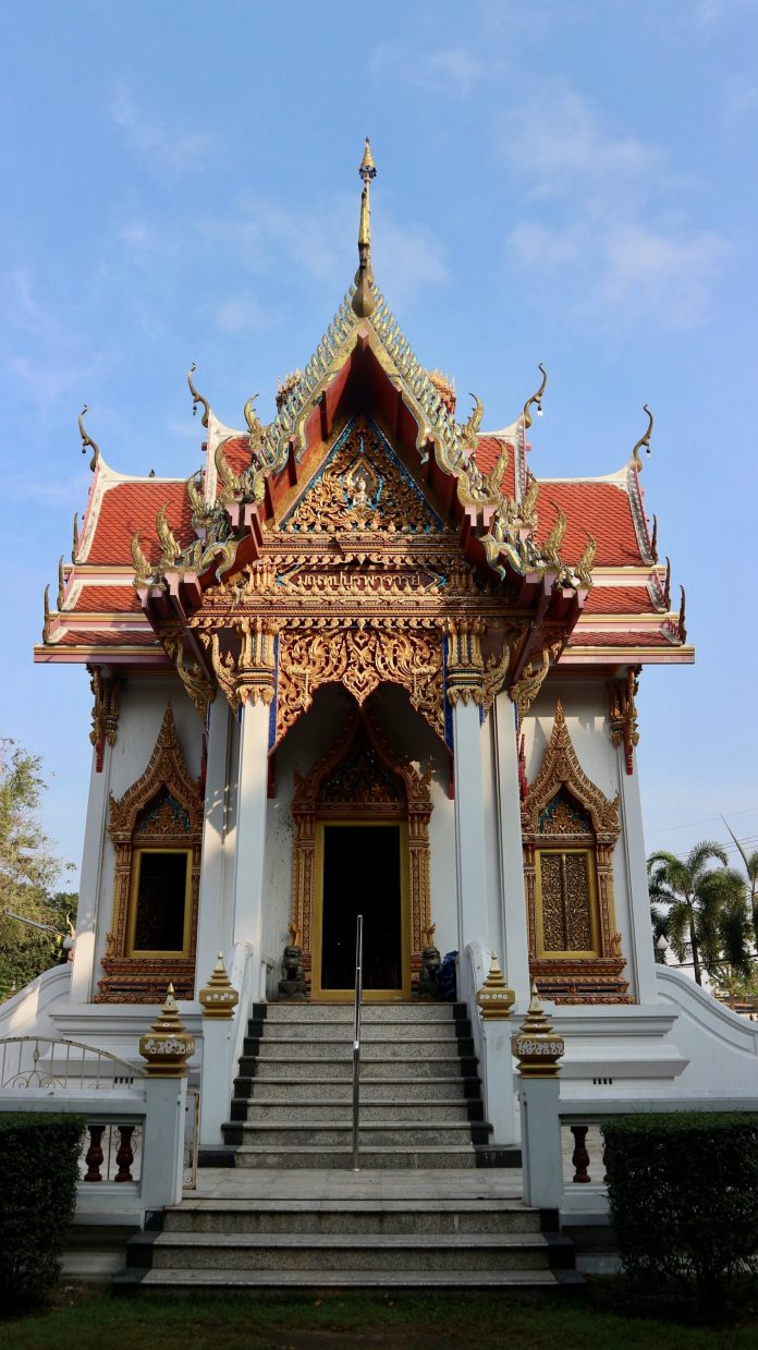 Wat Benchamabophit, a destination in Bangkok and Pattaya trip.
