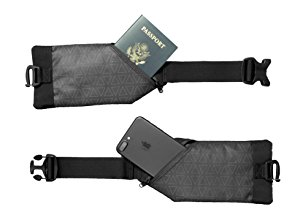 Detachable Waist Straps of Nomatic Travel Bag - The Broad Life Reviews