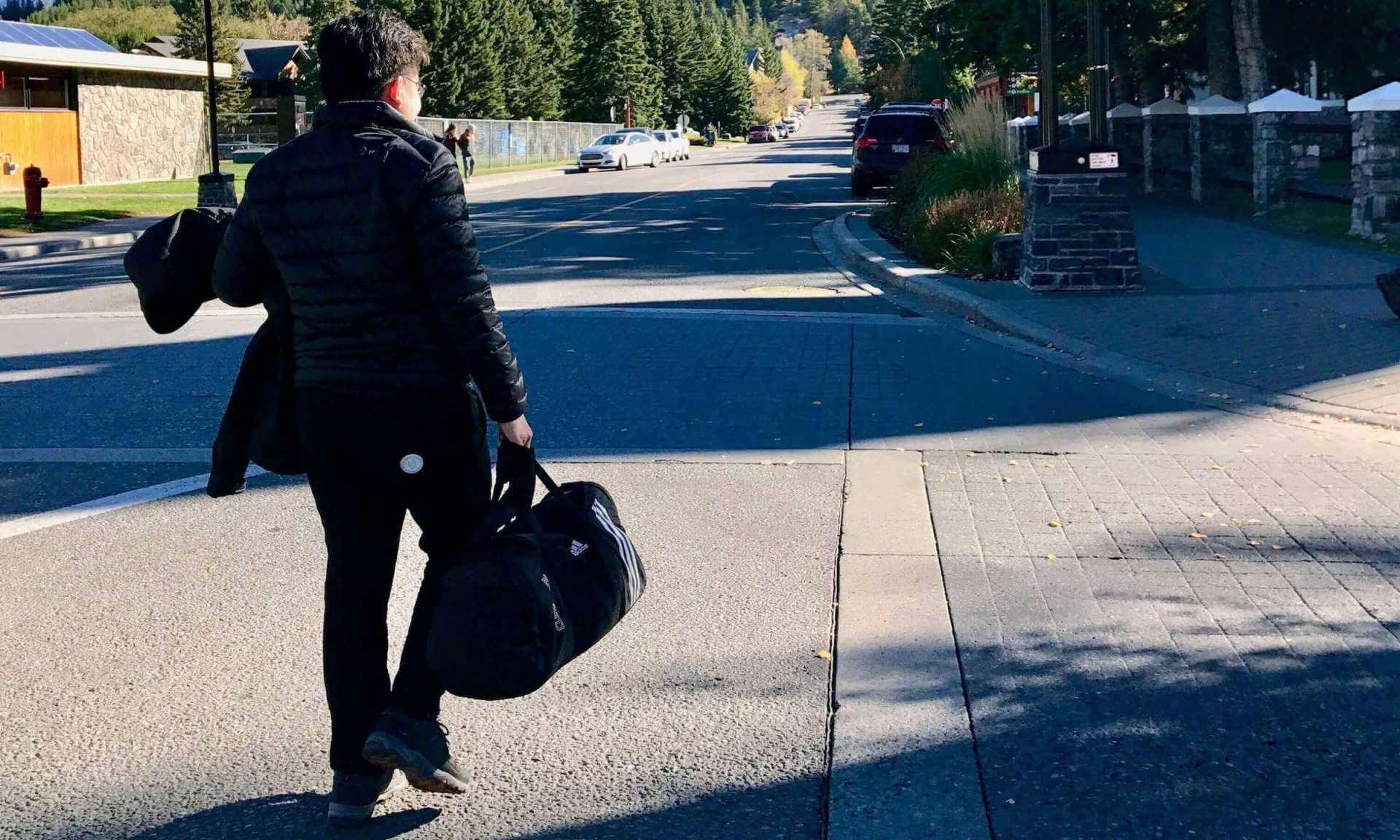 Khoi Nguyen is traveling at Banff, Canada. Traveling makes him smarter