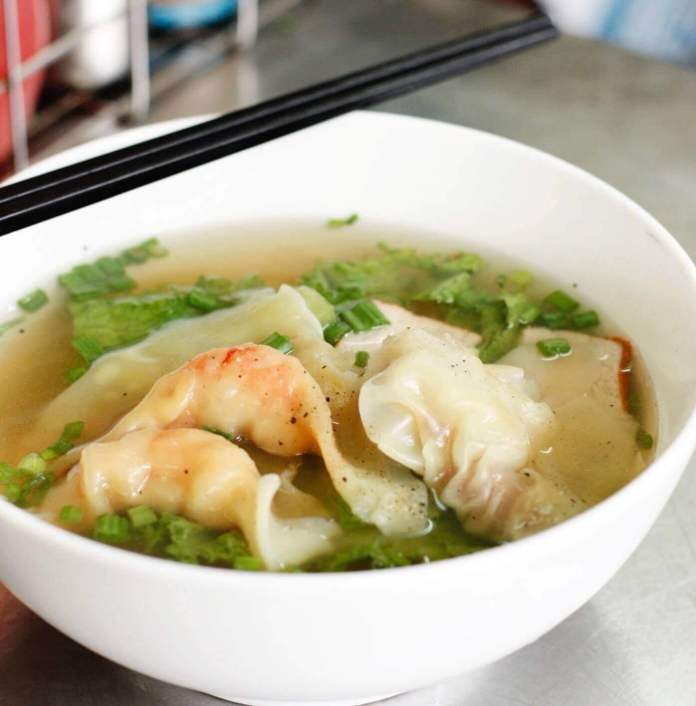 Dumpling Soup is a popular Chinese afternoon snack