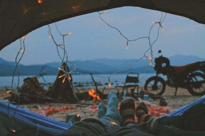 romantic camping decor