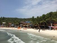 kohrong-beach-bar-thebroadlife-travel-cambodia