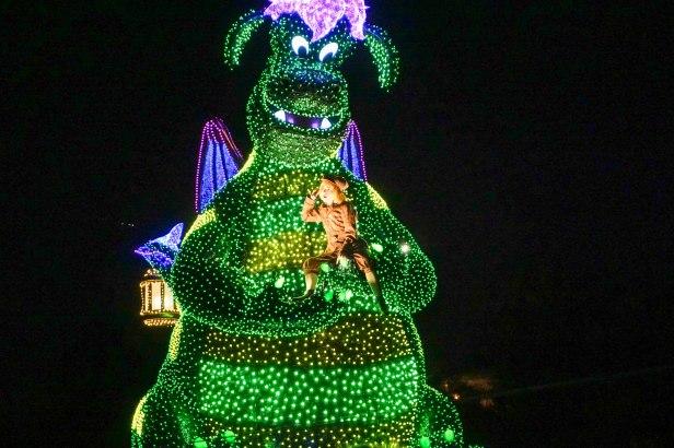 float-parade-dragon-light-disneyland-tokyo-japan-thebroadlife-travel-wander-asia