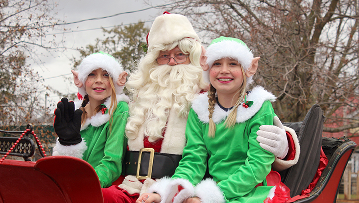Santa makes second stop in Brock Township for Cannington parade