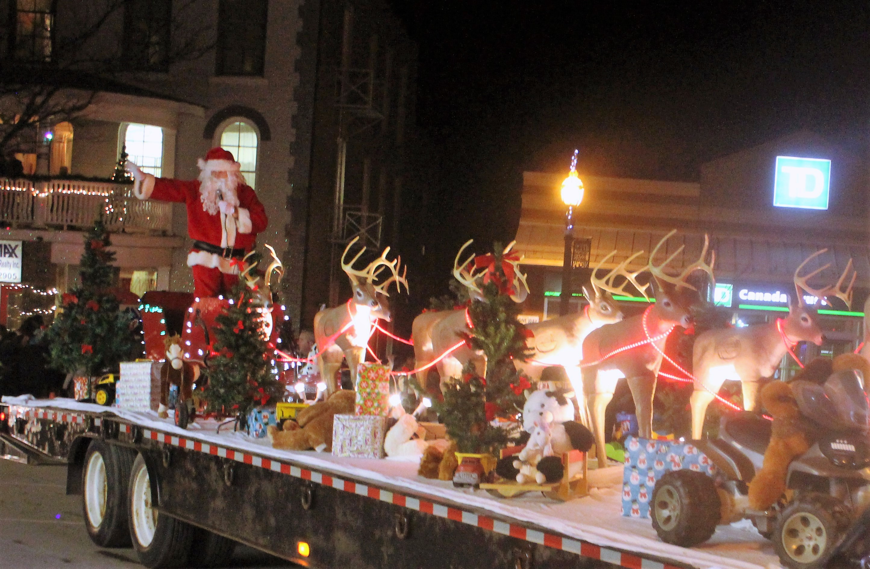 Santa's first stop in Brock comes Friday night in Beaverton