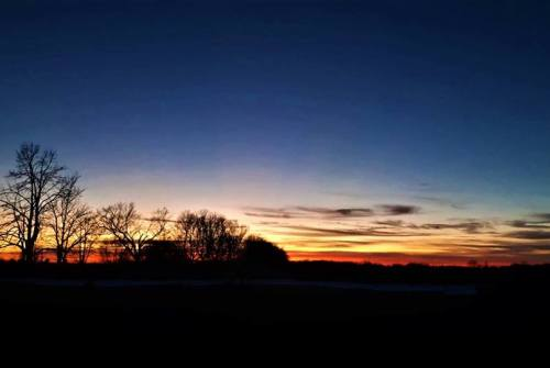 Beaverton resident snaps some shots of beautiful December sunsets